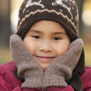 Детские варежки из шерсти