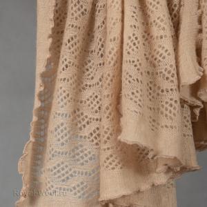 Ажурный платок из верблюжьей шерсти