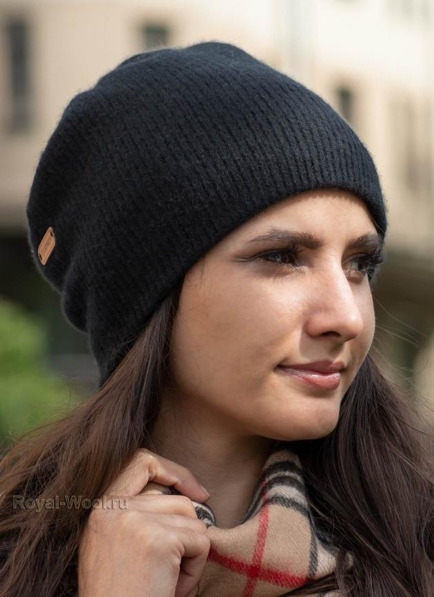 Черная шапка из кашемира