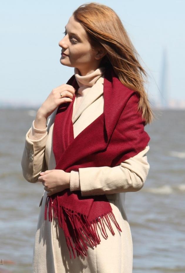 Кашемировый шарф бордовый