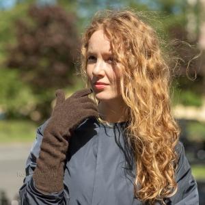 Коричневые длинные перчатки