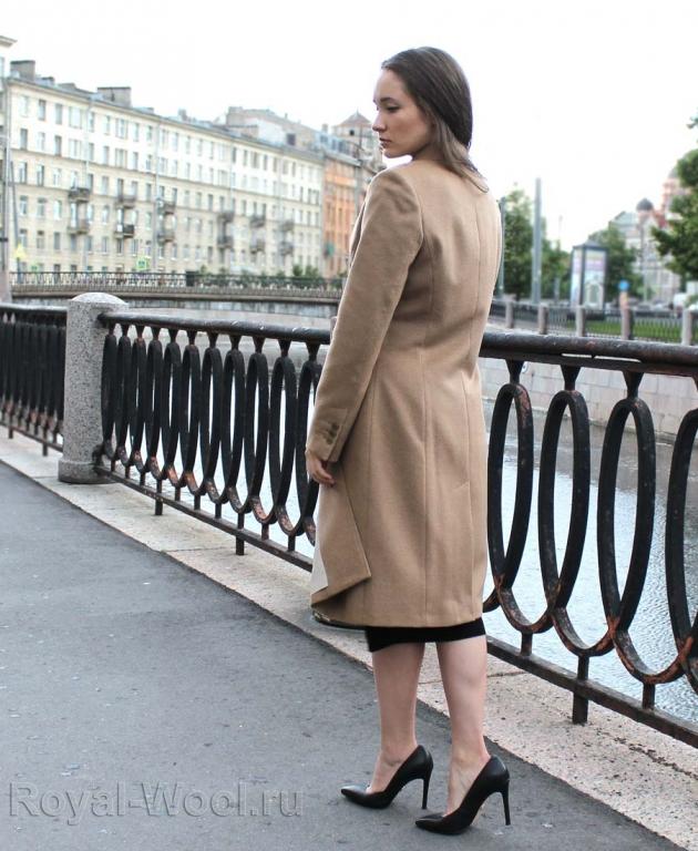 пальто женское из верблюжьей шерсти