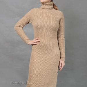 Платье с горлом верблюжья шерсть
