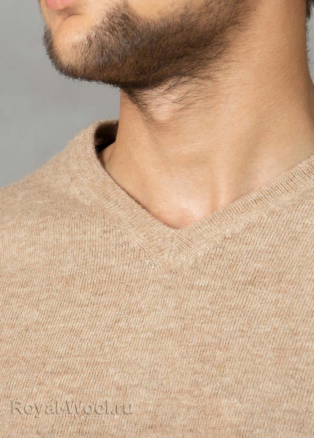 Мужской пуловер из верблюжьей шерсти