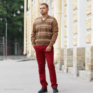 Пуловер из верблюжьей шерсти в полоску