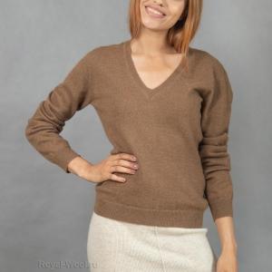 Пуловер из верблюжьей шерсти женский