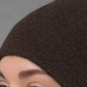 Коричневая шапка бини шерсть яка фото3