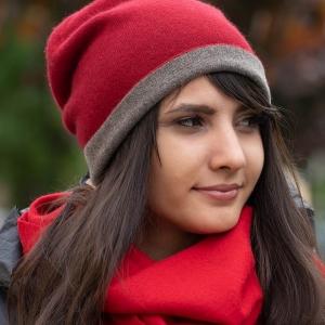 Двусторонняя красная кашемировая шапка