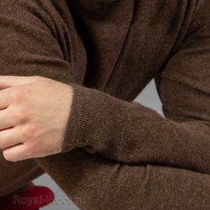 Шерстяной коричневый джемпер