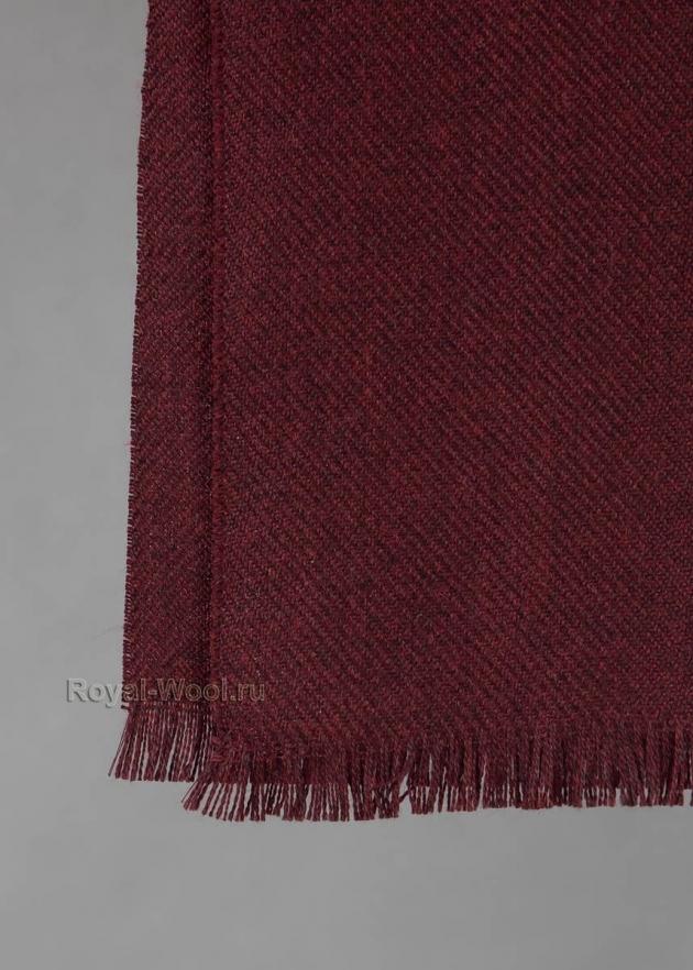 Шерстяной бордовый шарф