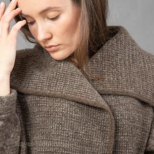 Шерстяное женское пальто