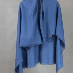 Синий шерстяной платок