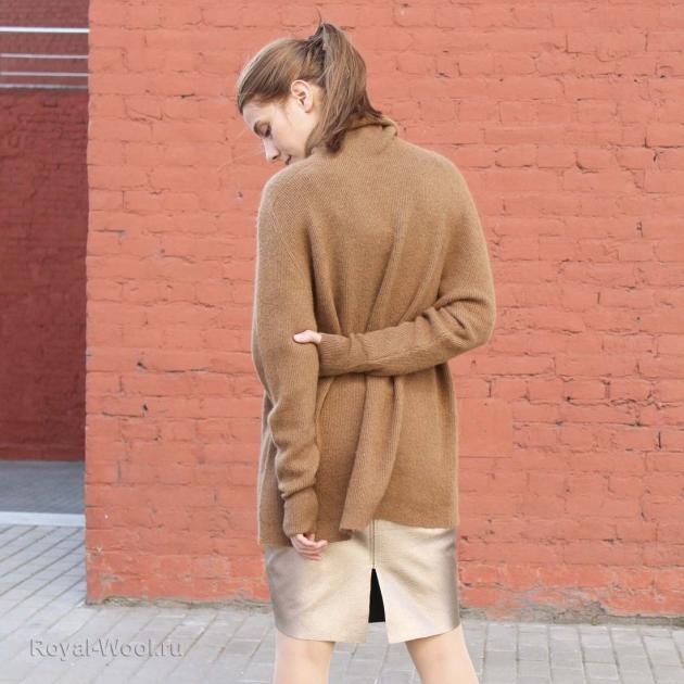 Стильный женский свитер (верблюжья шерсть)