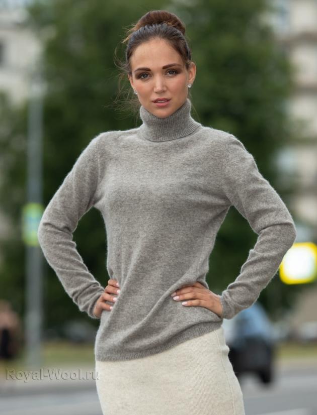 Свитер женский серый