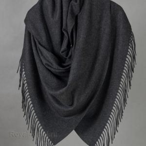 Темно-серый палантин из кашемира