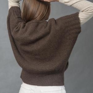 Шерстяной женский жилет