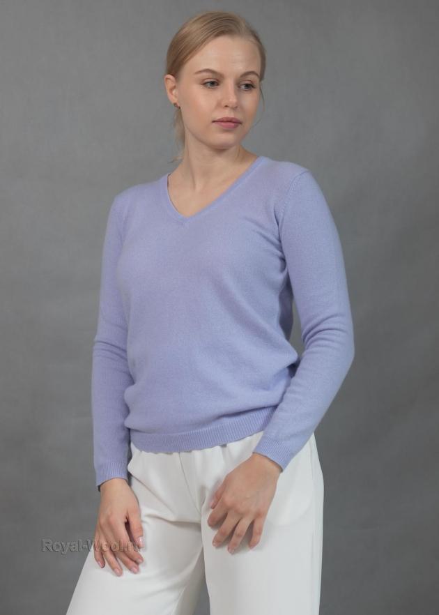Сиреневый пуловер женский